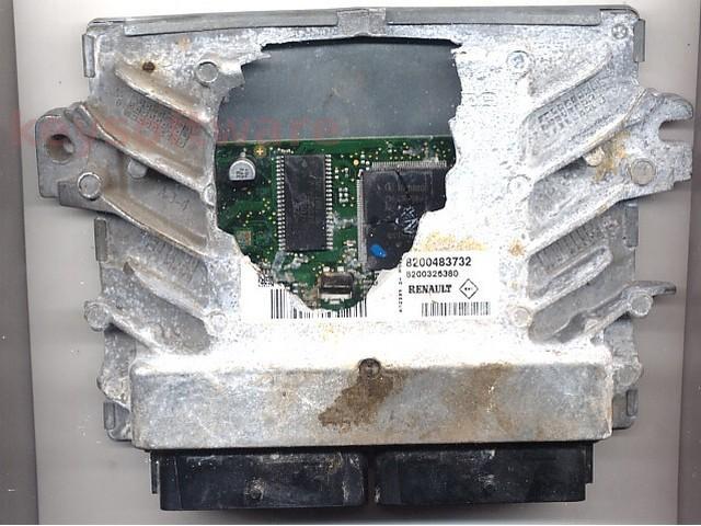 Defecte Ecu Dacia Logan 1.4 8200326380 EMS3132