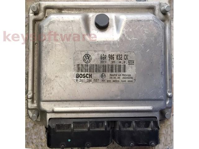 ECU VW Beetle 1.8 06A906032CK 0261206597 ME7.5 {